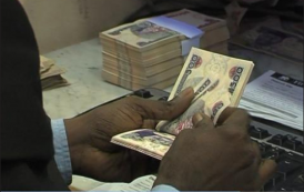 Nigeria's Central Bank Sells Dollars To Lift Naira – Dealers