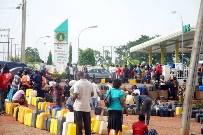 FG to pay N40.70 on every litre of petrol to retain N145