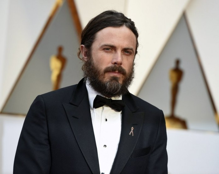 Casey Affleck withdraws as presenter of best actress Oscar