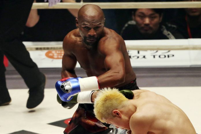 Mayweather mocked by McGregor AND Pacquiao after ridiculous Nasukawa fight