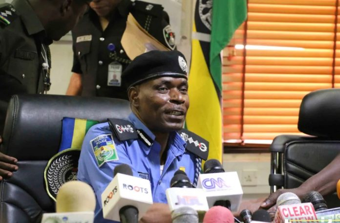 Image result for images of Shi'ites vs Police boss