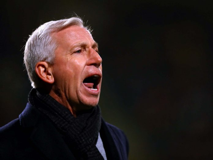 Pardew to leave ADO Den Haag after Dutch League cancellation
