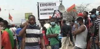 opposition supporters gathered in Luanda, the Angolan capital